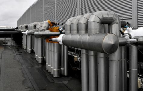 Køleanlæg og varmepumper: Industrielle CO2/NH3 kaskade anlæg og CO2 transkritiske anlæg